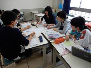 言語聴覚士学科 1年生の協同学習授業!