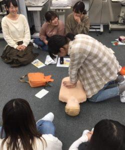 視能訓練士学科3年制 心肺蘇生法(AED)講習