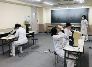視能訓練士学科3年制 実習前実技試験1日目