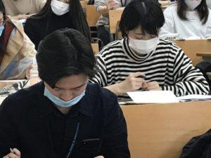 視能訓練士学科1年制 国家試験対策頑張っています!
