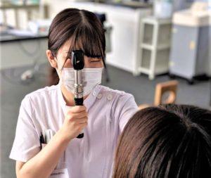 視能訓練士学科3年制 『授業風景 ~検影法~』