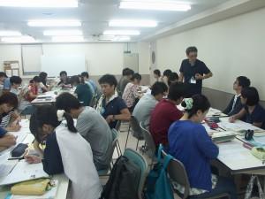 作業療法士学科 夜間部の授業でグループワーク☆