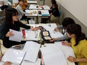 視能訓練士学科3年制 「色覚検査」の授業を紹介します!