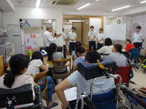 作業療法士学科 中国研修生との交流授業を行いました!