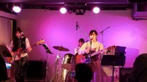 軽音楽部 卒業ライブを行いました♪
